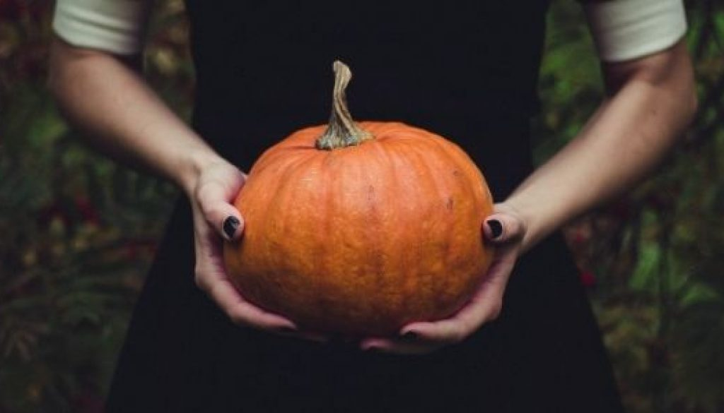 How to have a plastic free halloween party