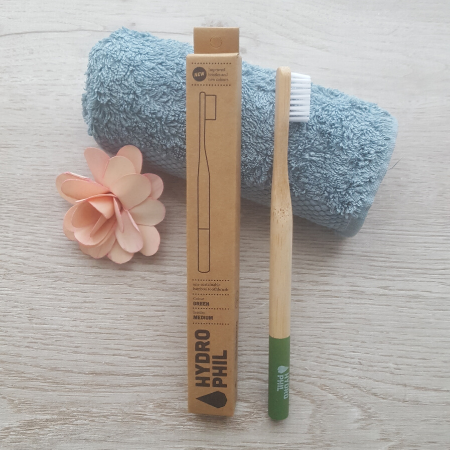 Bamboo toothbrush with box, green
